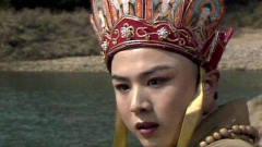 同是西游记唐僧扮演者,徐少华景区卖唱,而他