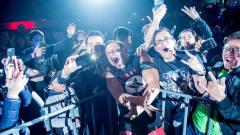现场版WWE超级巨星中邑真辅出场魔性洗脑音乐引