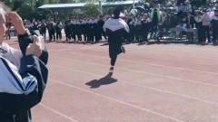 高中体育生的最后一场短跑,跑出了10:35的成绩