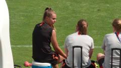 荷兰女足备战半决赛,马滕斯受伤出战成疑
