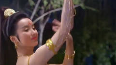 美女大跳美艳西域舞,皇上在一旁看直了眼,简