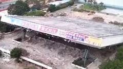 突发!改建中的深圳体育中心坍塌多人被埋