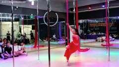 香港星秀唯美钢管舞视频,