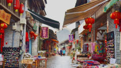漓江边上的美丽古镇,风景秀丽有内涵,桂林兴