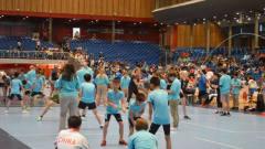 暴风脚速! 中国小学生跳绳世界杯勇夺60枚金牌