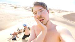 作死男挑战在沙漠生存24小时,感受大自然风光,