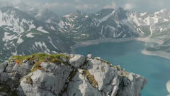 在两千米山巅睡一觉 大自然风景风光系列第三弹