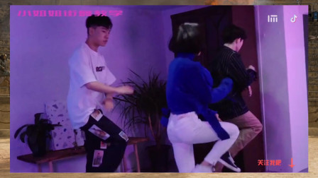 可爱街舞美女 1MILLION X TikTok 广告