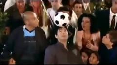 马拉多纳为什么被称为球王,这么简单的动作当