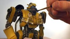 厉害了!牛人手工制作变形金刚大黄蜂