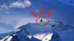 珠穆朗玛峰发生了离奇事件,我国想要封掉,但