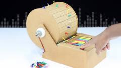 牛人用纸板DIY钢琴,竟然真的发出优美的音乐!