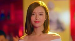 中国人国外酒吧玩游戏被羞辱,谁料中国美女一