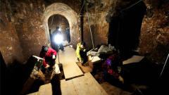 考古队找到三国大将墓,挖开之后,专家痛心不