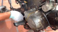 奇闻趣事:50元买的旧摩托车,翻新完轮子后,看