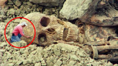 矿场坍塌活埋40名工人,专家下坑探索,发现惊人