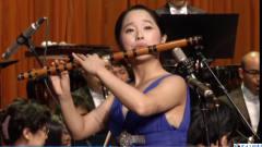 台湾美女吴佳蓁笛子演奏《查尔达斯舞曲》, 好听