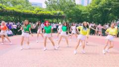 韩国超美女爱豆热舞,翻跳防弹少年团《boy wit