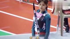 体育女神周子瑜射箭现场,这一箭迷倒了多少人