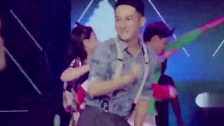 李现综艺:李现跳舞看过吗?还出了小失误,不