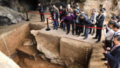考古队挖掘陕西大墓,出土墓志铭震惊考古界,