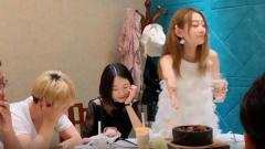 祝晓晗妹妹搞笑短剧:介绍新同事时,结果成了