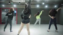 韩国美女练习室热舞一曲Shawn Mendes Camila Cabello
