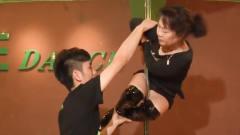 70岁老太要学钢管舞,这可把教练愁怀了,结果却