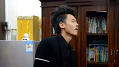 广西老表搞笑视频:许华升成功,黄汝富接电话