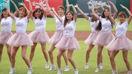 美女啦啦队跳极乐净土,全是大长腿,估计运动