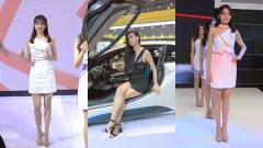 美女车模:大学生暑假兼职当车模,站台几天就