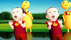 小孩机器人像美女广场舞搞笑视频