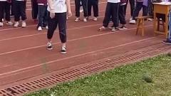 00后的运动会,这就是体育老师经常生病的结果