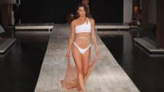 2020迈阿密时装周 Abruzzo 品牌泳装秀,模特曼妙的身姿,惹人喜爱