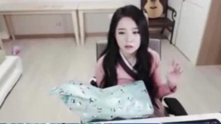 鹿晗实时公布与关晓彤恋情,韩国女主播粉丝气