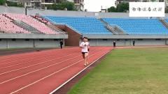 体育生都懂,小哥跑1500米居然还敢抬手看表