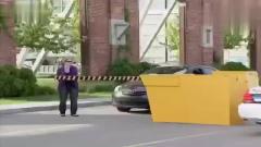 国外搞笑视频:不小心砸破了警车哈哈哈
