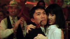百变星君经典片段:星爷在酒吧泡妞,不料美女