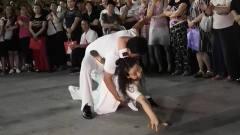 董建小玲两位老师表演吉特巴,音乐动听舞步专