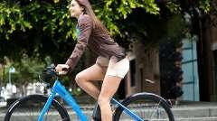 国外发明女性专用自行车,美女用一次就想买!