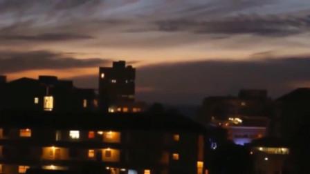 灵异事件:外国渔民拍下海面上空的UFO画面,至