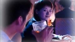 美女酒吧主动撩小哥,这底细摸的真清楚