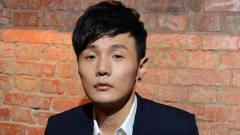 李荣浩《贫穷或富有》:在他的音乐里,总能感