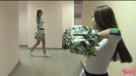 误入欧洲啦啦队美女休息室,眼前的一幕,让人