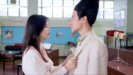 爆笑香港喜剧,美女一眼相中扫把头老师,连生