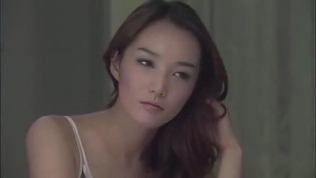 美女又去拍摄广告,这次找到了初恋般的感觉