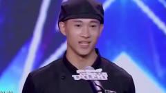 中国达人秀:厨师拿着烤鸭跳钢管舞,杨幂直接