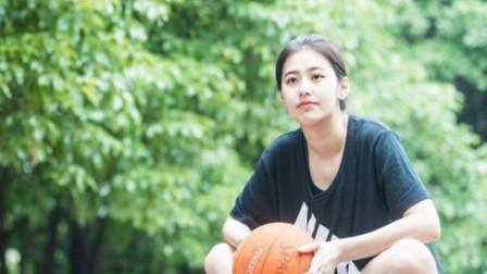 真人版赤木晴子,周杰伦都掩盖不住她的魅力,现成中国最美女裁判