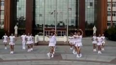 美女跳《最美的中国》太好看了!洋溢青春的气