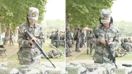 美女记者VS美女学员 枪支拆卸技术哪家强?